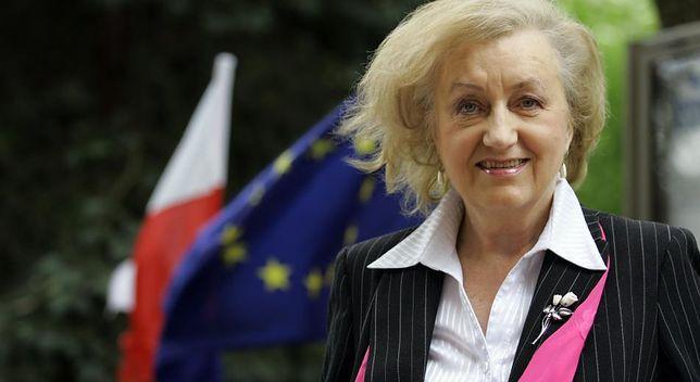Żałuję, że doszło do wyciągnięcia sprawy sądownictwa na arenę międzynarodową, że doszło do włączenia w polski spór najpierw Rady Europejskiej, a teraz TSUE, że spór z Komisją Europejską jest prowadzony wyraźnie w dwu płaszczyznach: prawnej i politycznej - mówi w WP prof. Genowefa Grabowska