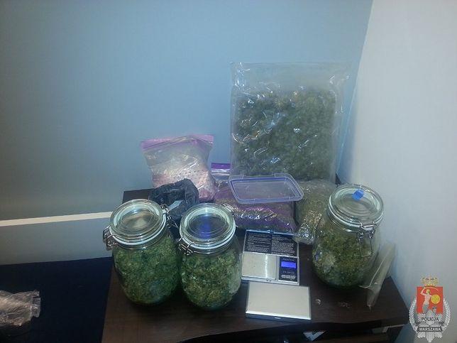 800 porcji marihuany oraz prawie 400g substancji psychotropowej
