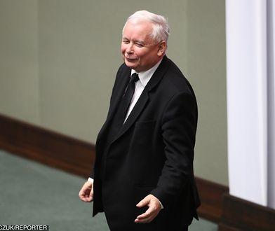 Kierowca Kaczyńskiego jeździ dosyć agresywnie