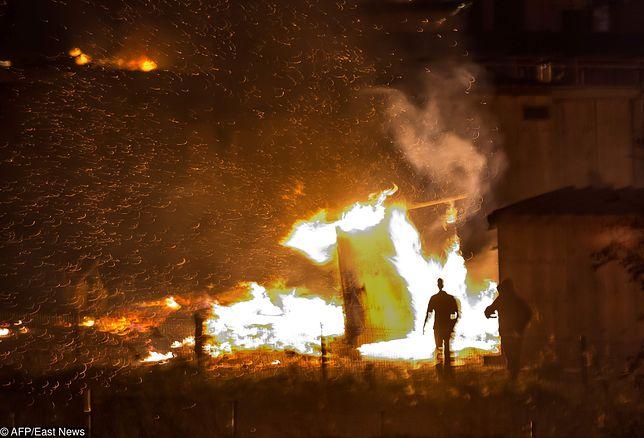 Spłonął obóz imigrantów we Francji. Paryż nie chce przyznać, że ma problem