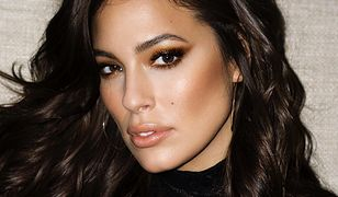 Ashley Graham znów pozuje nago. Co za kształty!