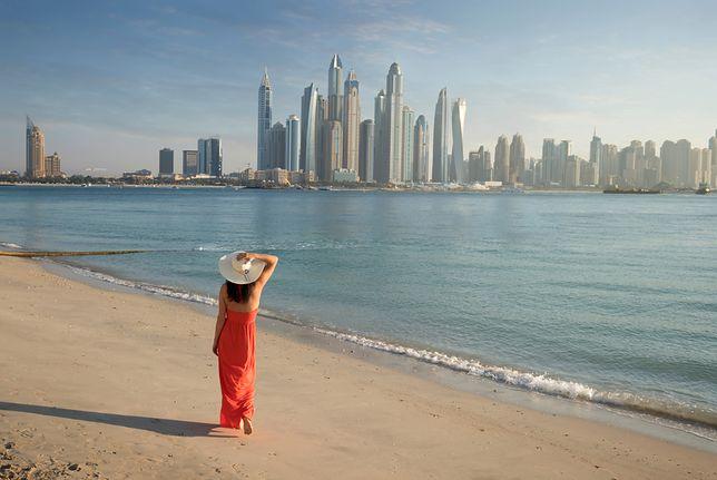 Miejska plaża w Dubaju zapewnia niesamowity widok