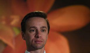 Krzysztof Bosak pokazał swój salon. Polityk przygotowywał się do wywiadu