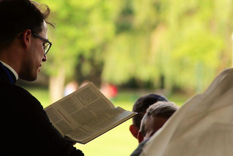 Szokujące, w co wierzył ojciec Paweł M. Dramat parafian z Wrocławia