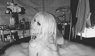 Christina Aguilera nago w wannie. Zmysłowa sesja gwiazdy zachwyca