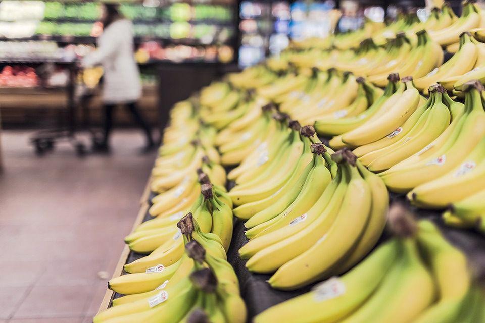 """Egzotyczny pająk w bananach. Market dementuje: """"Rękawiczki nic by tu nie pomogły"""""""