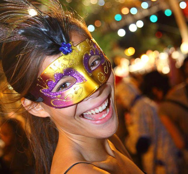 Hiszpania - bale maskowe tak, ale nie w stroju policjanta