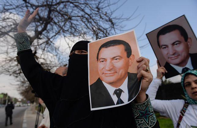 Były prezydent Egiptu Hosni Mubarak nie żyje