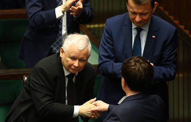 """Zakończyło się spotkanie ws. rekonstrukcji rządu w siedzibie PiS-u. """"Bardzo miła atmosfera"""""""