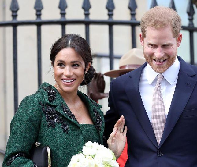 Księżna Meghan i Harry złapani przez paparazzi