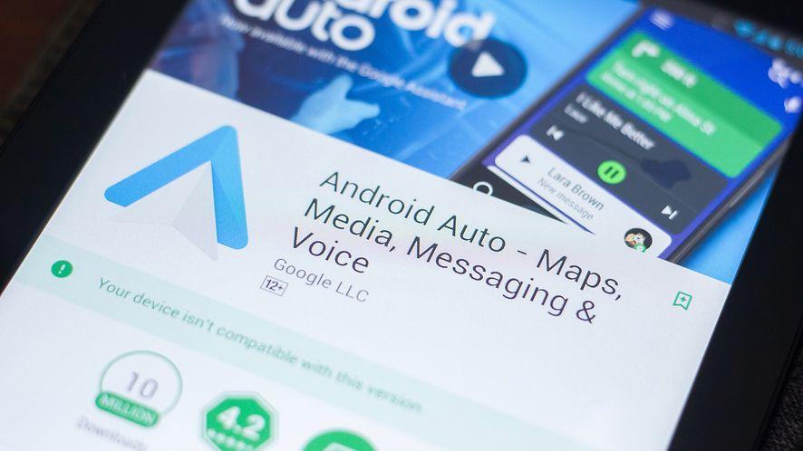 Nowa wersja Android Auto dostępna do pobrania. (depositphotos)