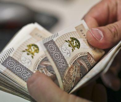 """NCBR przeznaczyło aż 1,7 mld złotych dla firm w ramach konkursów """"Szybkiej Ścieżki""""."""