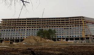 Hotel Gołębiewski w Pobierowie nabiera kształtów.