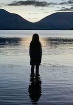 """""""Top of the Lake"""" i """"Morderstwa w Fjällbace"""" - dwa nowe seriale już od listopada!"""