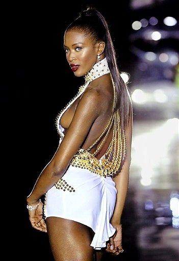 Drapieżna czekoladka Naomi Campbell