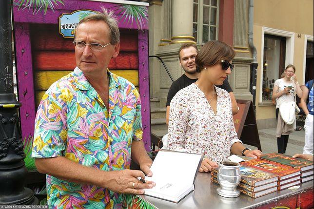 Wojciech Cejrowski od lat promuje swoje książki na Jarmarku Św. Dominika w Gdańsku