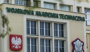 Kwarantanna w akademiku Wojskowej Akademii Technicznej. Studentka zabrana do szpitala