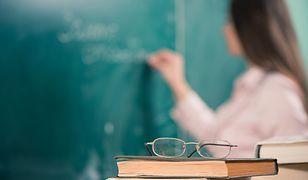 Nauczyciele domagają się podwyżek pensji