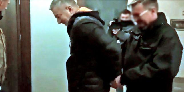Frasyniuka po godz. 6, z domu we Wrocławiu zabrało czterech policjantów