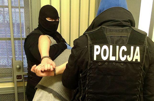 Pedofil chciał uniknąć kary. Został ujęty przez krakowską policję
