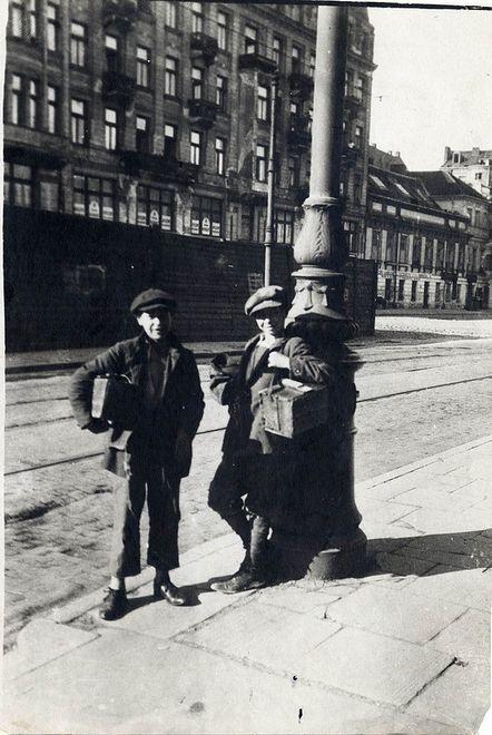 Przedwojenna, żydowska Warszawa na zdjęciach