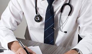 Dostęp do lekarza bez względu na ubezpieczenie? Rząd zajmie się projektem
