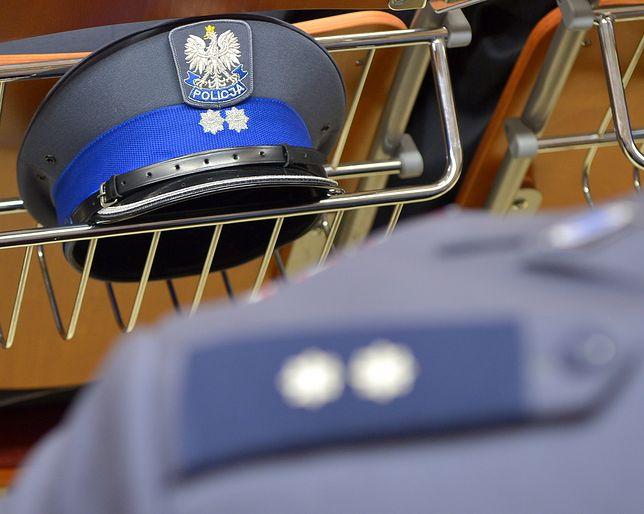 Na zwolnieniu lekarski może być nawet co piąty policjant w Polsce