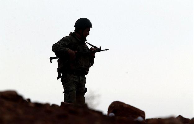 Turcja ostrzelała pozycje IS w Syrii w odpowiedzi na wcześniejszy atak