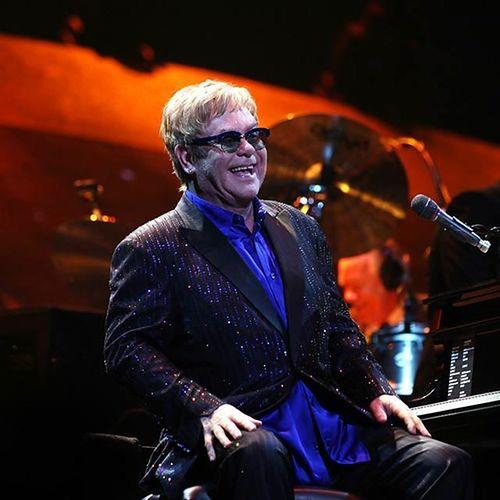 Rosjanie zadrwili z Eltona Johna