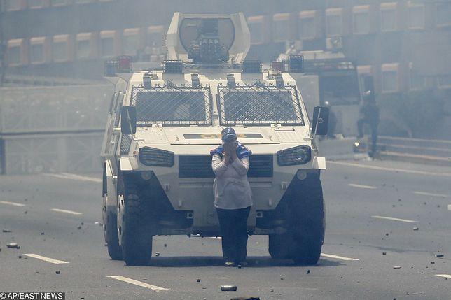 Wenezuela. Masowe demonstracje w centrum Caracas