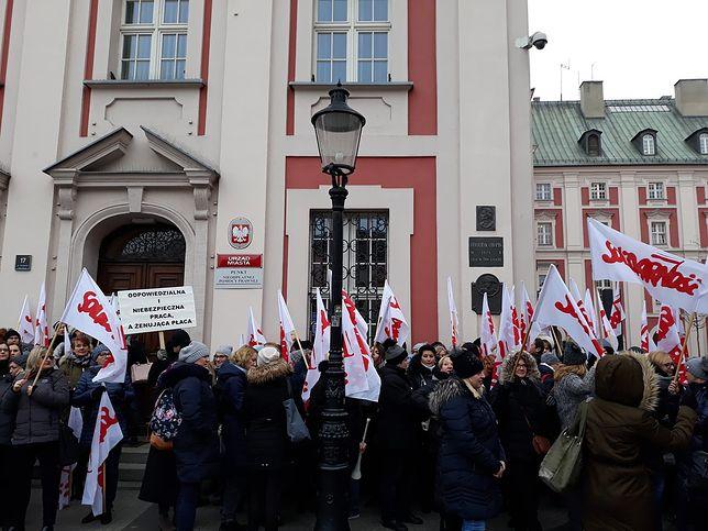 Pracownicy socjalni protestują w całej Polsce.