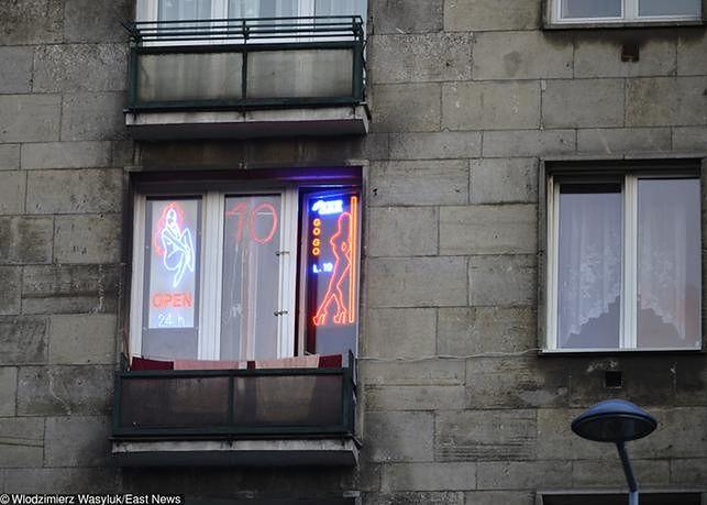 Prostytutki ujawniły, ile muszą płacić za wstęp do warszawskich hoteli. Branża w szoku