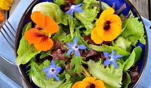 Lista kwiatów, które nadają się do jedzenia jest długa