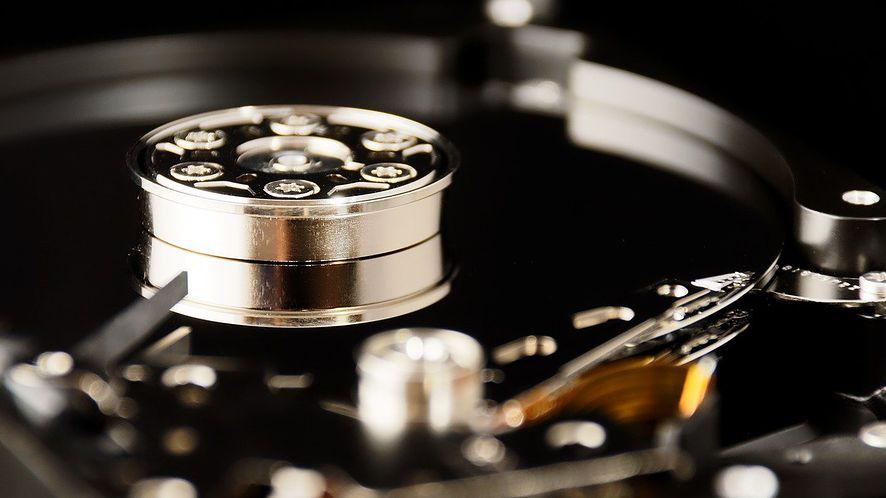 333 miliony dysków SSD, czyli 207 eksabajtów pamięci wysłano w 2020 roku