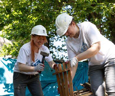 Wolontariusze z P&G podczas prac remontowych. Fot. Procter & Gamble