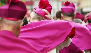 Biskupi napisali list. Apelują do Polaków o jedność i potępiają gender