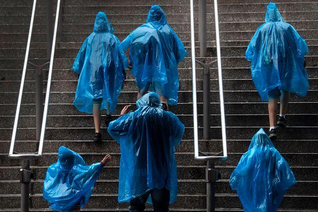 Pogoda taka, że trzeba mieć już ze sobą parasolkę lub płaszcz