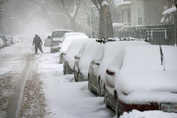Do wschodniego wybrzeża USA zbliża się potężny śnieżny front