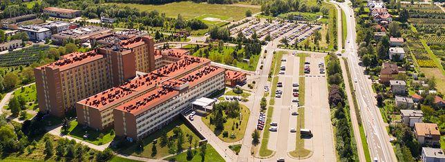 Bielsko-Biała. W Szpitalu Wojewódzkim od sierpnia zaszczepisz się tylko raz w tygodniu.