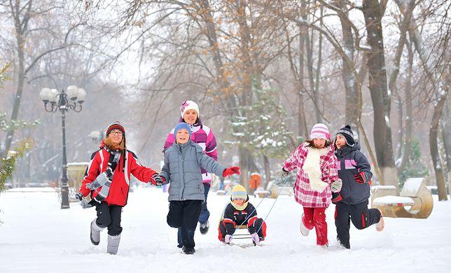 Harmonogram ferii zimowych 2017. W sobotę 14 stycznia startują w pięciu województwach