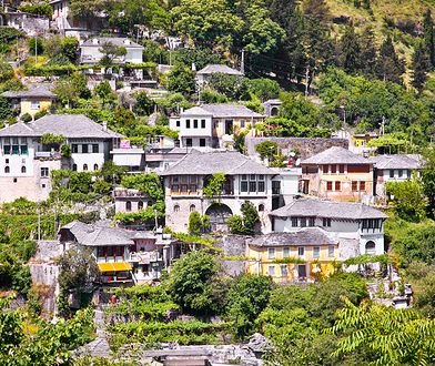 Atrakcje Bałkanów: Gjirokaster i Berat
