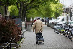 Głodowe emerytury. Pobiera je coraz więcej Polaków