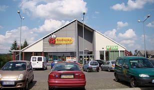 Biedronka i Aldi. UOKiK sprawdzi zasady funkcjonowania parkingów przy sklepach sieci