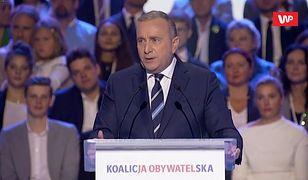 Konwencja KO. Grzegorz Schetyna: PiS sypnął Polakom okruszki z pańskiego stołu