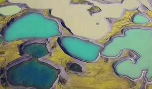Niesamowite wideo z lotu ptaka. Tajemnicze jeziora Islandii