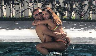 Ich miłość od początku budziła kontrowersje. Artur i Sara Boruc świętują trzecią rocznicę ślubu