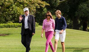 Różowa koszula Melanii Trump to hit! Wyprzedaje się jak świeże bułeczki