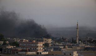 Atak Turcji na Syrię. Dym nad Tell Abyad