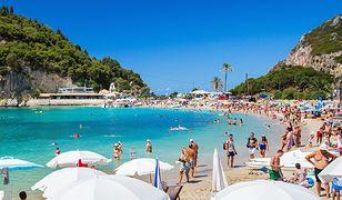 Plaża na wyspie Korfu.