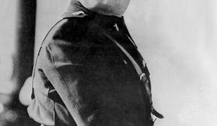 Mussolini był brytyjskim agentem, zarabiał na kochanki